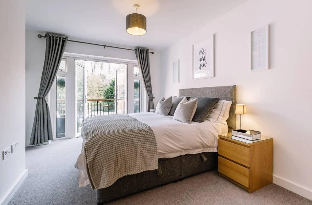 Chambre à coucher: matériaux de finition