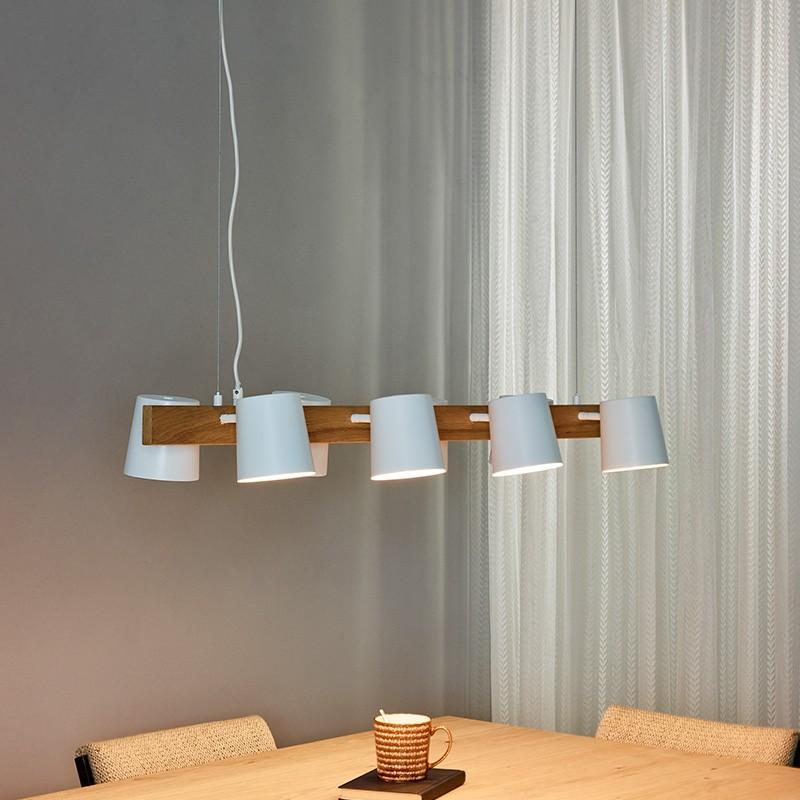 20 Luminaires Tendance 2022: lampes à suspension