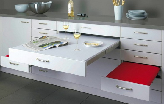 Une table transformable